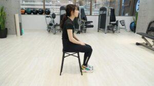 骨盤 丸まる 座り方